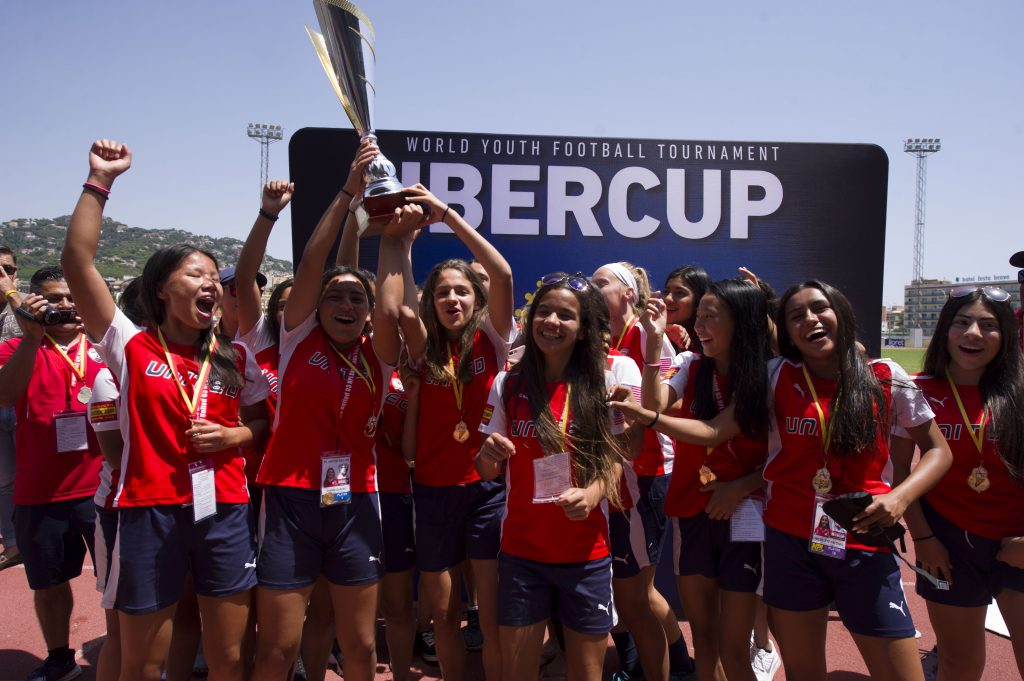 IberCup Barcelona - happy girls with the cup - Road to Sport