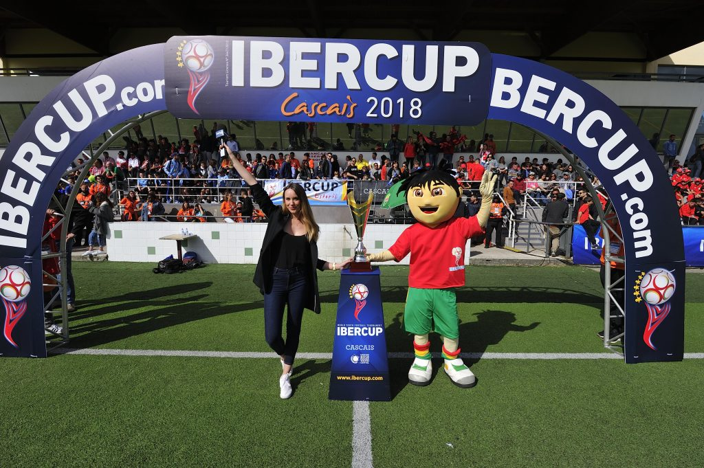 IberCup Cascais - journalist-mascot-cup - Road to Sport