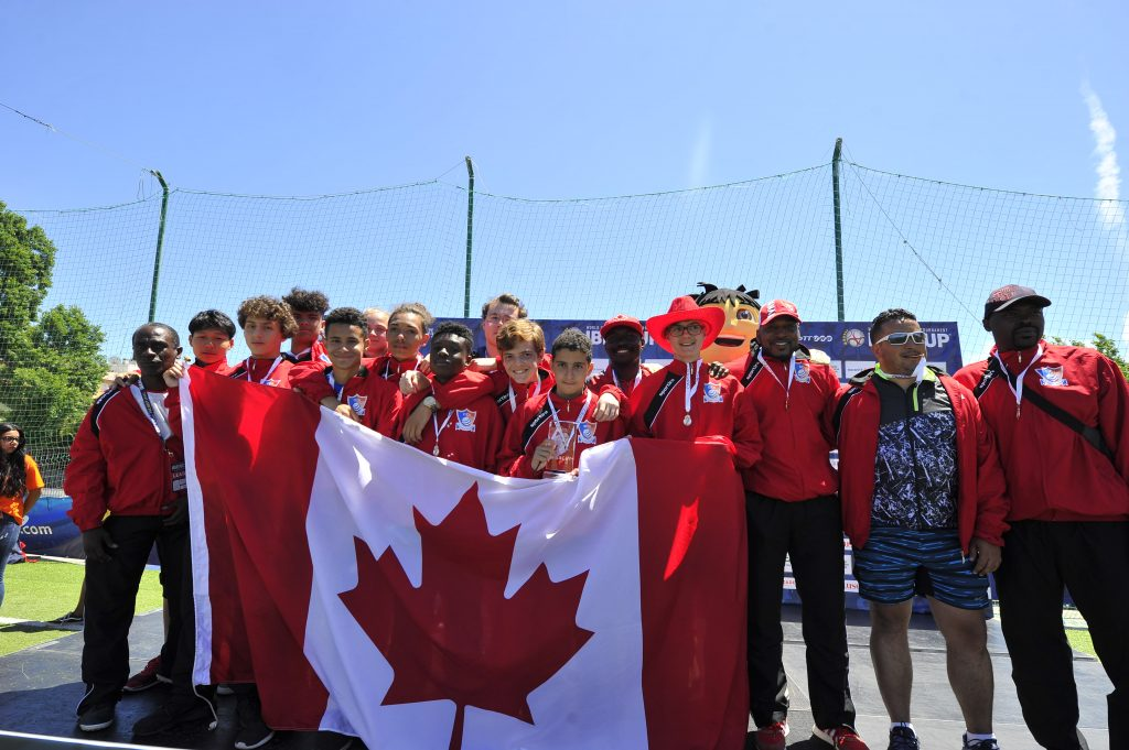 IberCup Estoril - Canada team with the flag - Road to Sport