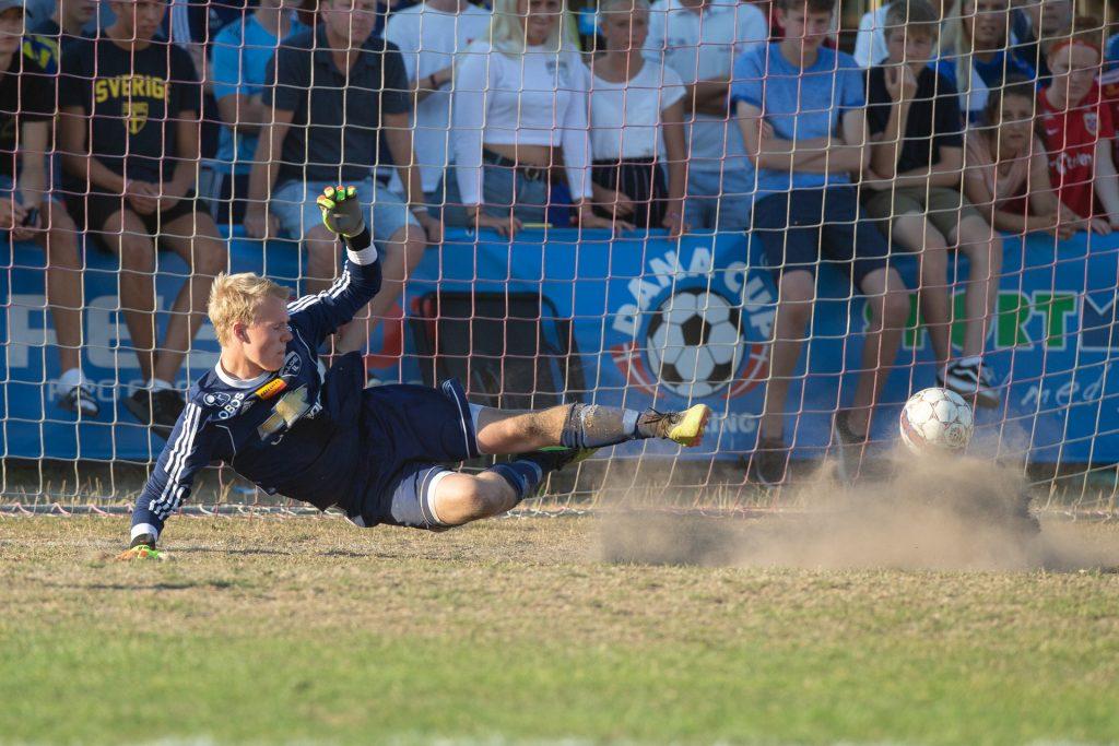 Dana Cup - field goal - Road to Sport