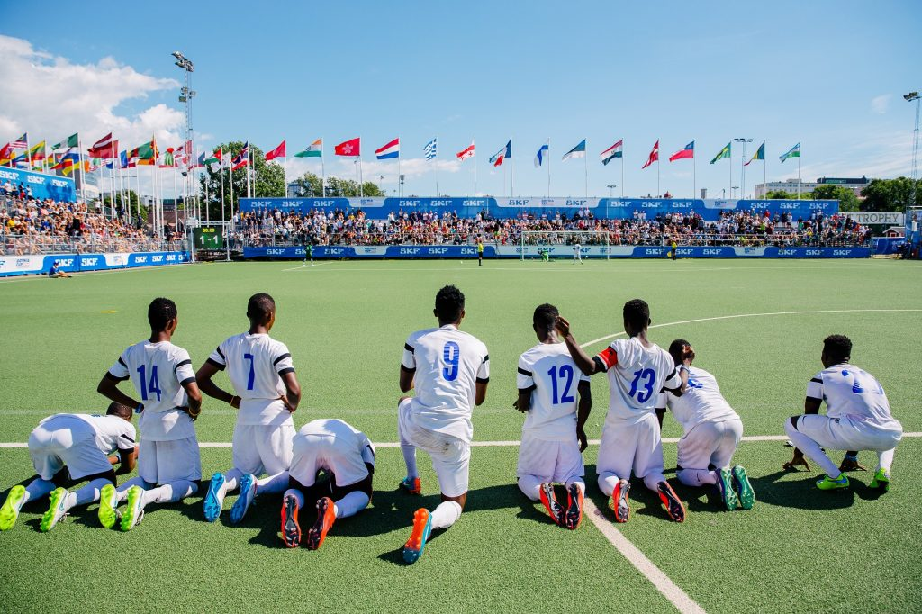 Gothia Cup - players on the ground - Road to Sport