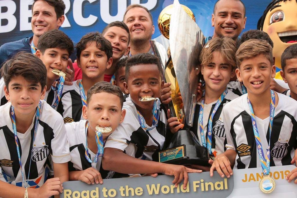 IberCup Brazil - players with medals and the cup - Road to Sport