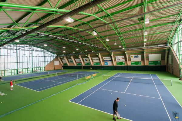 Sports camps Wroclaw - tennis hall - Road to Sport