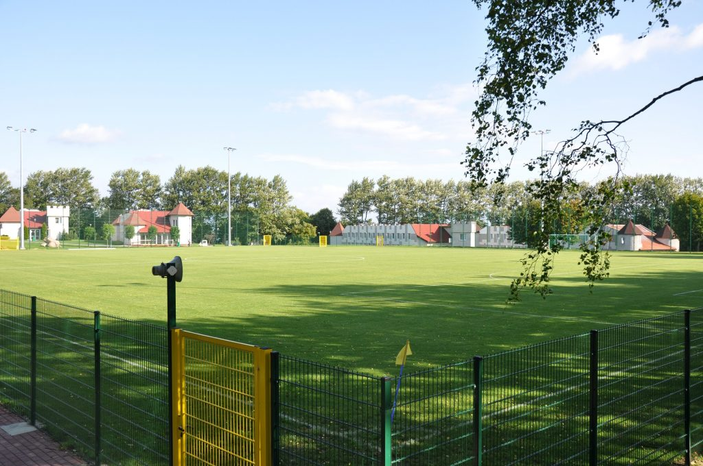 Sports camps Cetniewo - the ground - Road to Sport