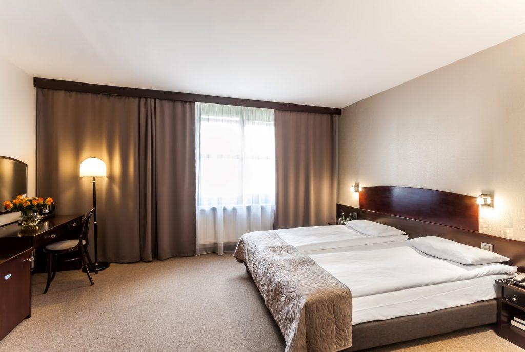 Wawel Sport Center - sypialnia w hotelu