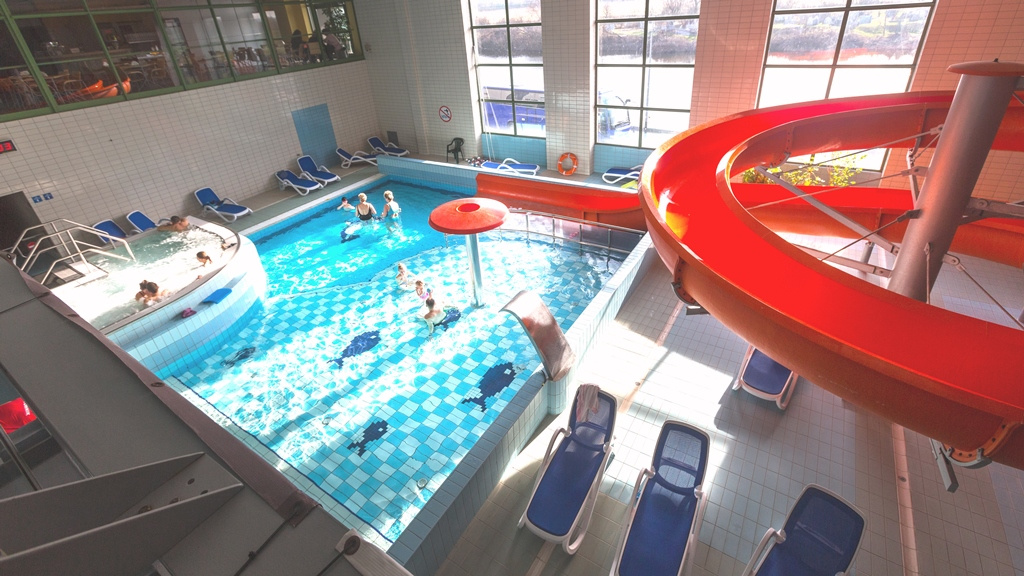 Cayaking camps Cracow - swimming pool - Road to Sport