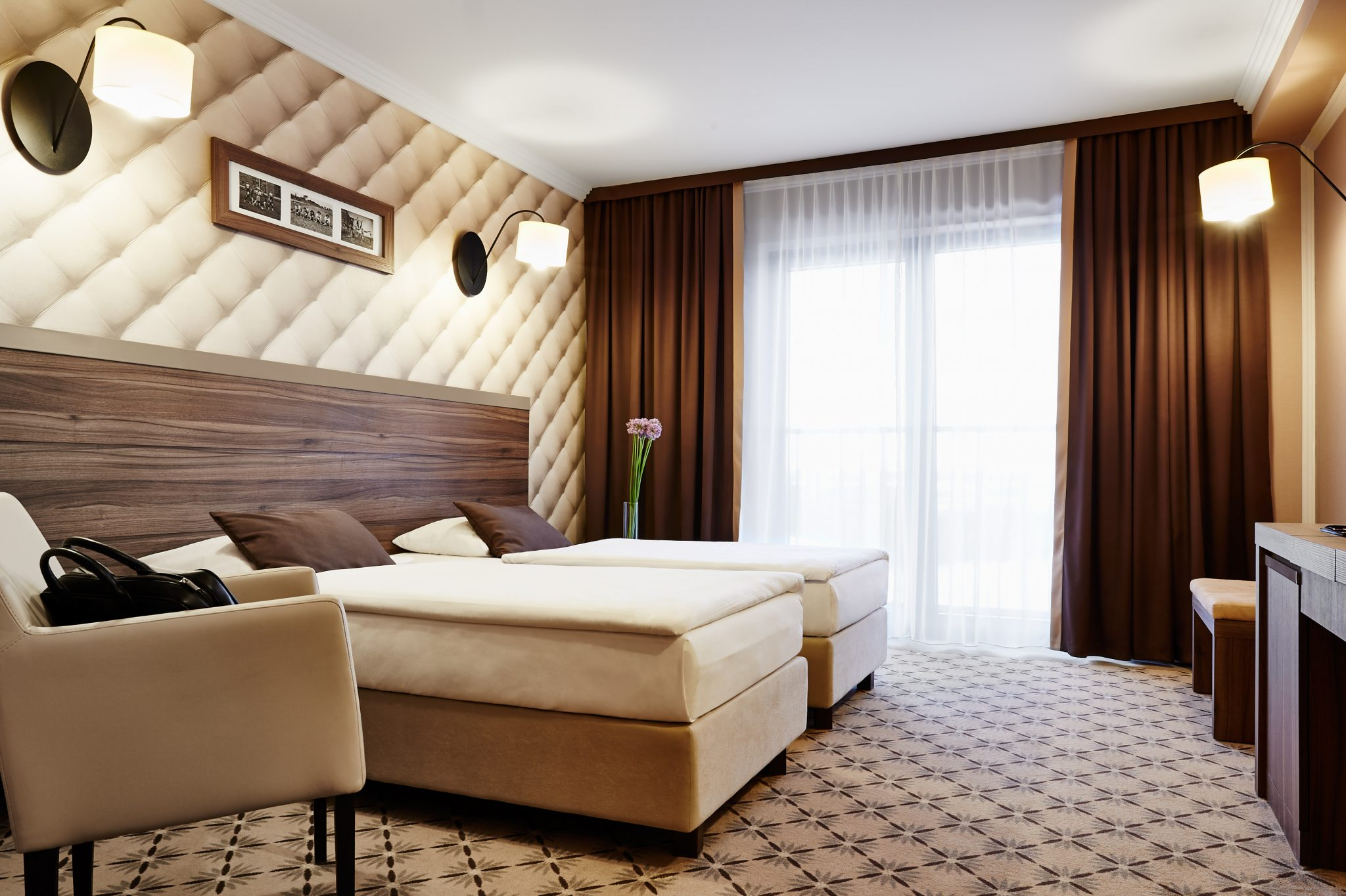 Pro football camps - Mistral Hotel bedroom - Road to Sport