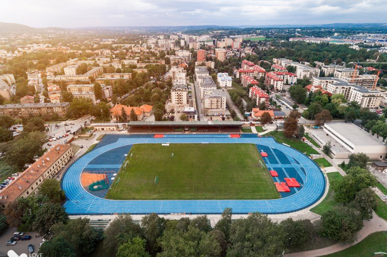 Sports camps Cracow - athletics stadium